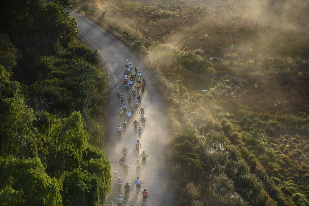 The men's field endured a nervy day as much of the route was ridden in a sizable pack. Photo by Zoon Cronje.